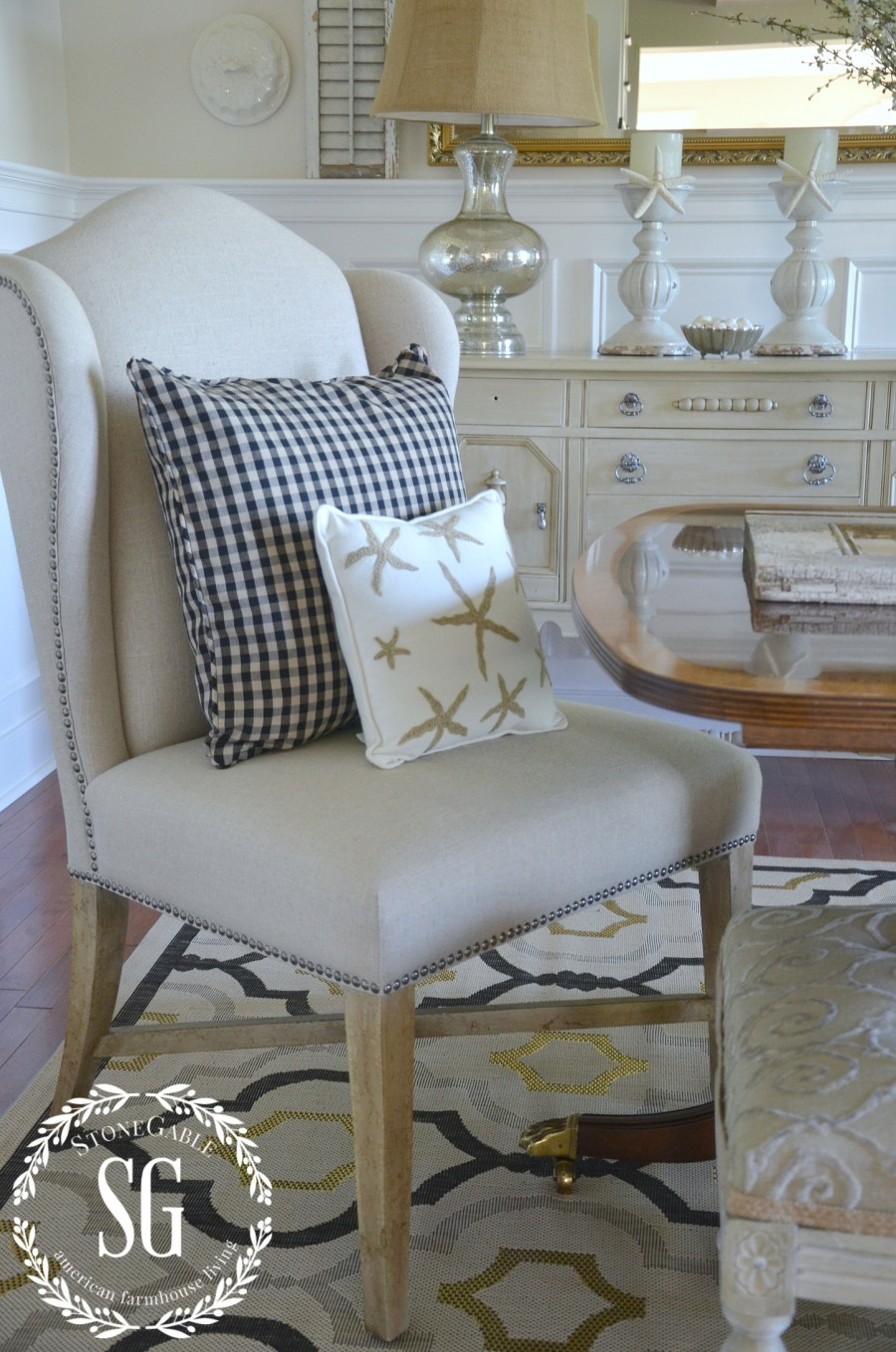 SUMMER HOME TOUR-Dining room-chairs-starfish-pillows-stonegableblog.com