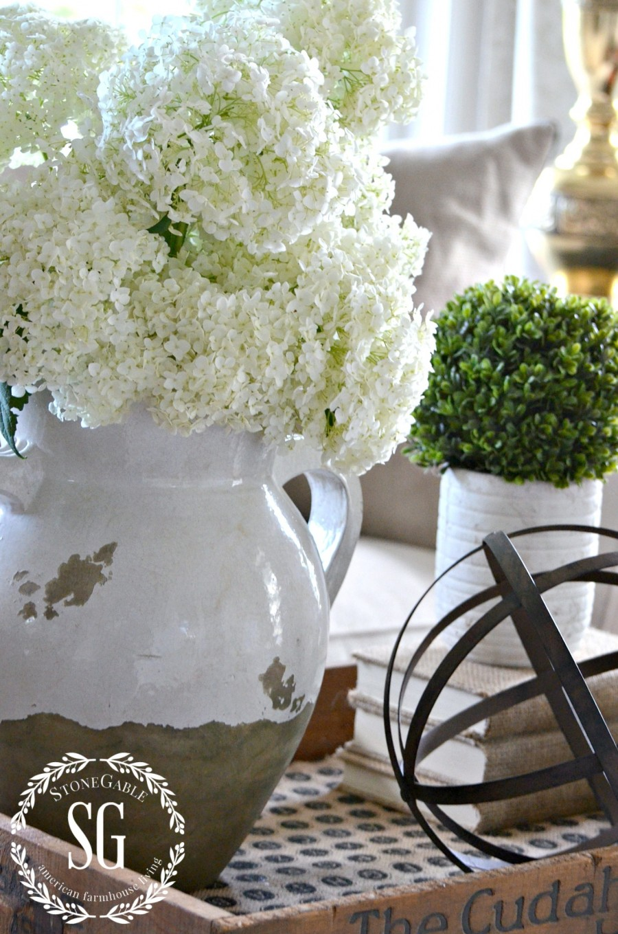 SUMMER HOME TOUR-living room-hydrangeas-vignette-stonegableblog.com