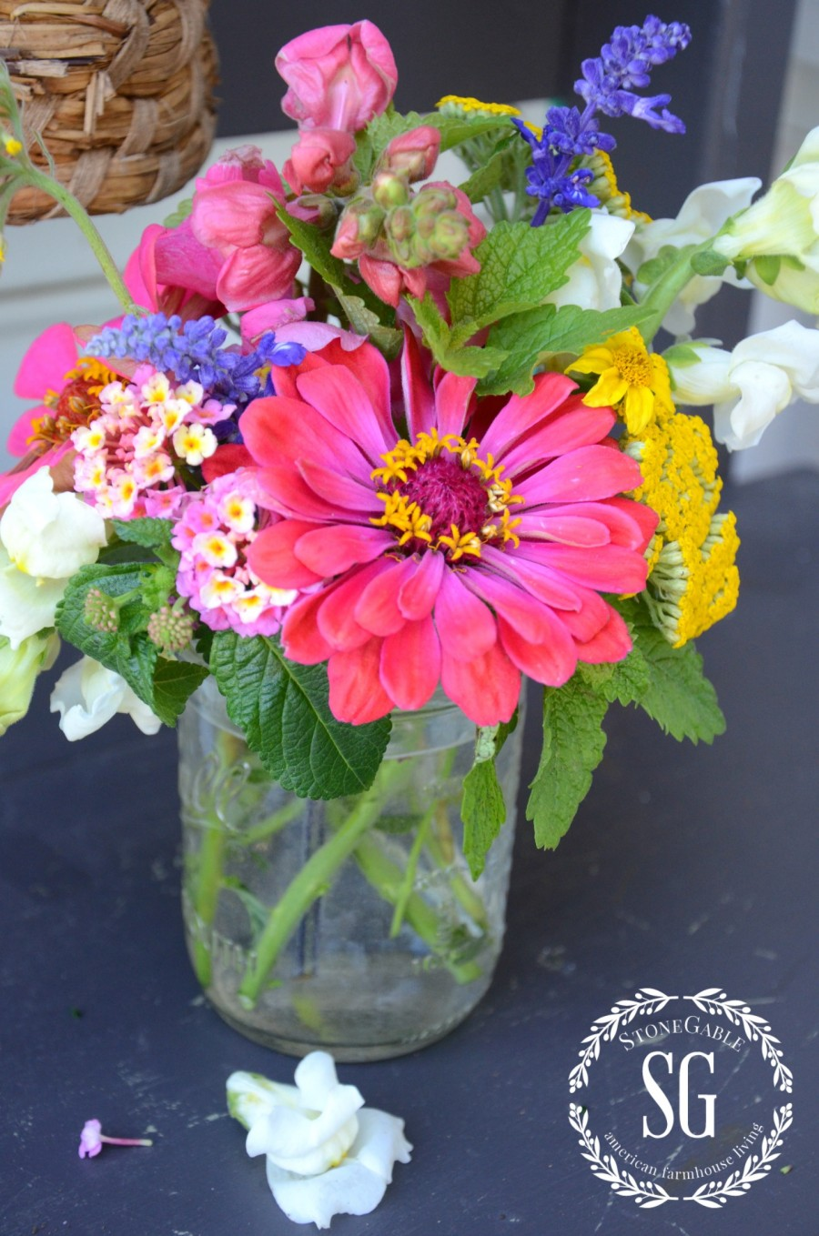 TIPS FOR ARRANGING GARDEN FLOWERS-spray cut flowers with hairspray-stonegableblog.com