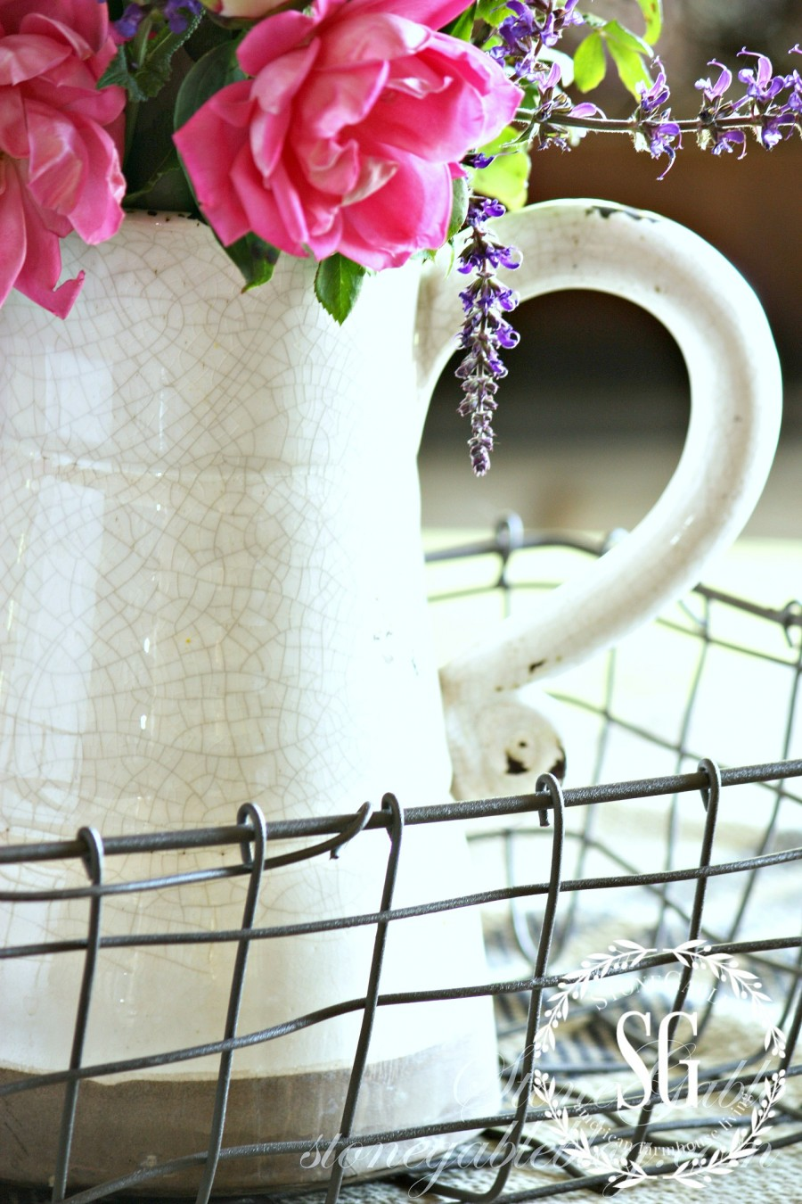 TIPS FOR ARRANGING GARDEN FLOWERS-use vintage containers-stonegableblog.com