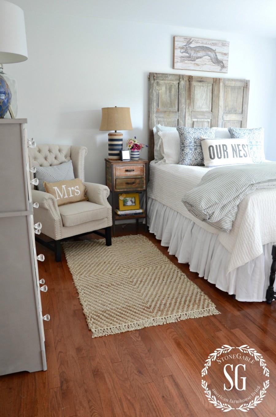 BLUE AND WHITE GUEST ROOM-blue and white dresser-stonegableblog.com