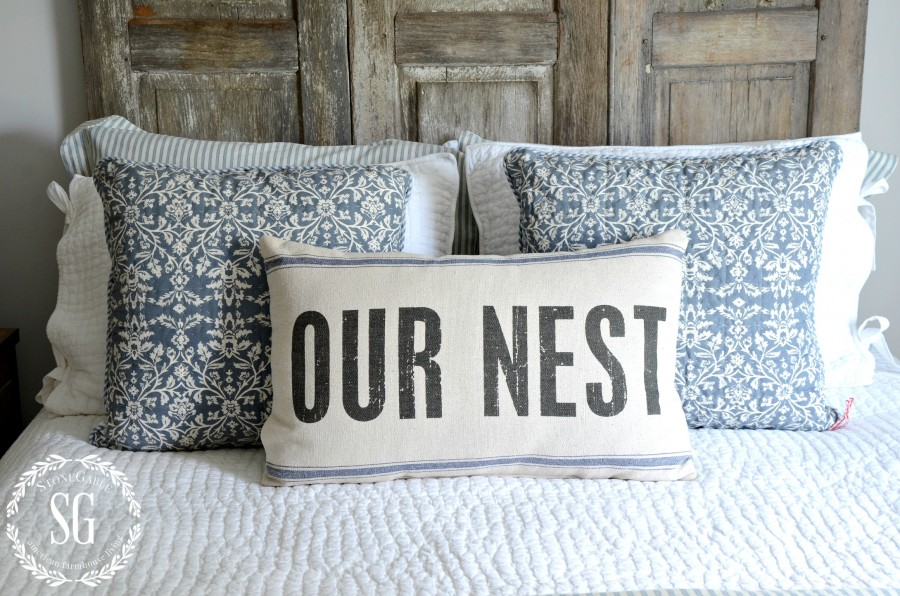 BLUE AND WHITE GUEST ROOM-pillows on bed-out nest-stonegableblog.com