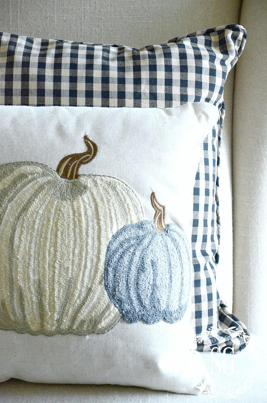 FALL PILLOWS-neutral pumpkins-stonegableblog.com