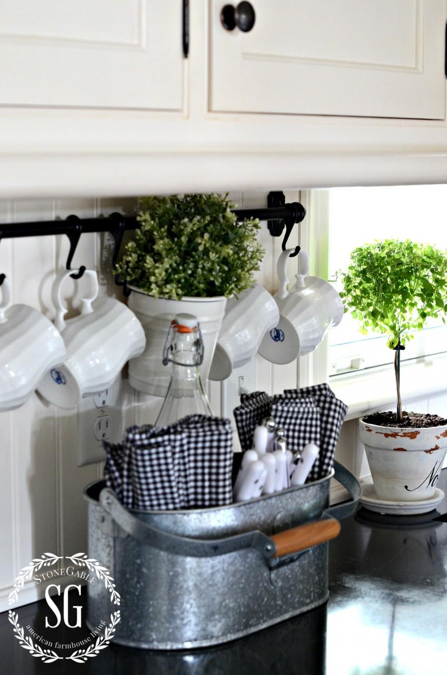 HOW TO KNOW YOUR STYLE-farmhouse kitchen-stonegableblog.com