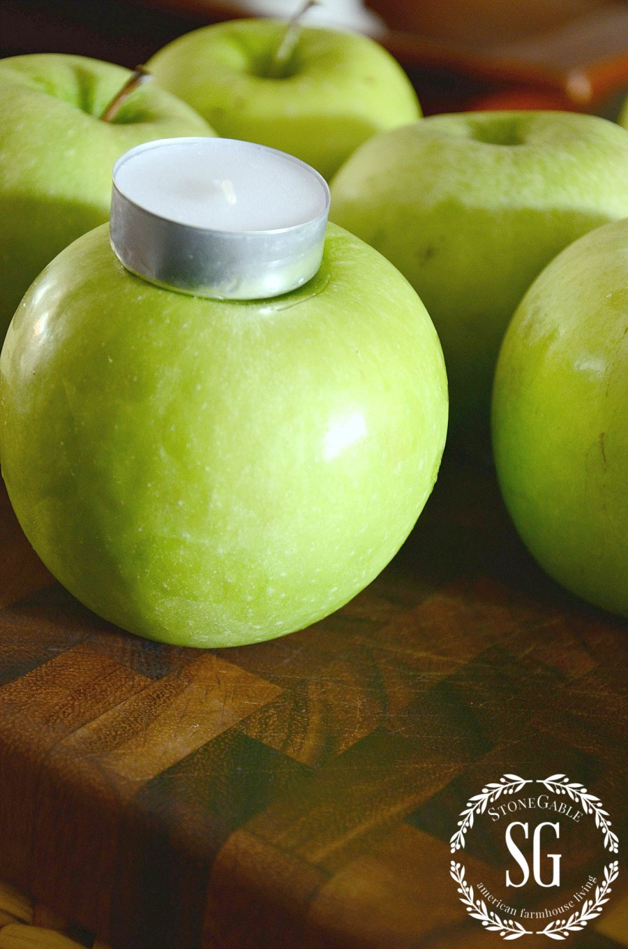 GREEN APPLE CENTERPIECE-apple and votive-stonegableblog.com
