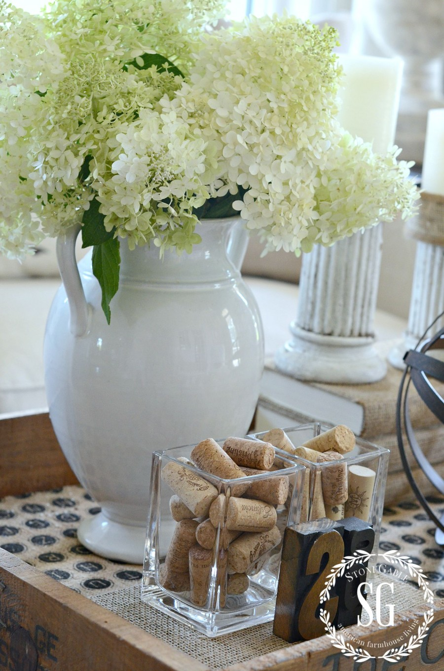 HOW TO CREATE A TRANSITIONAL VIGNETTE- stonegableblog.com