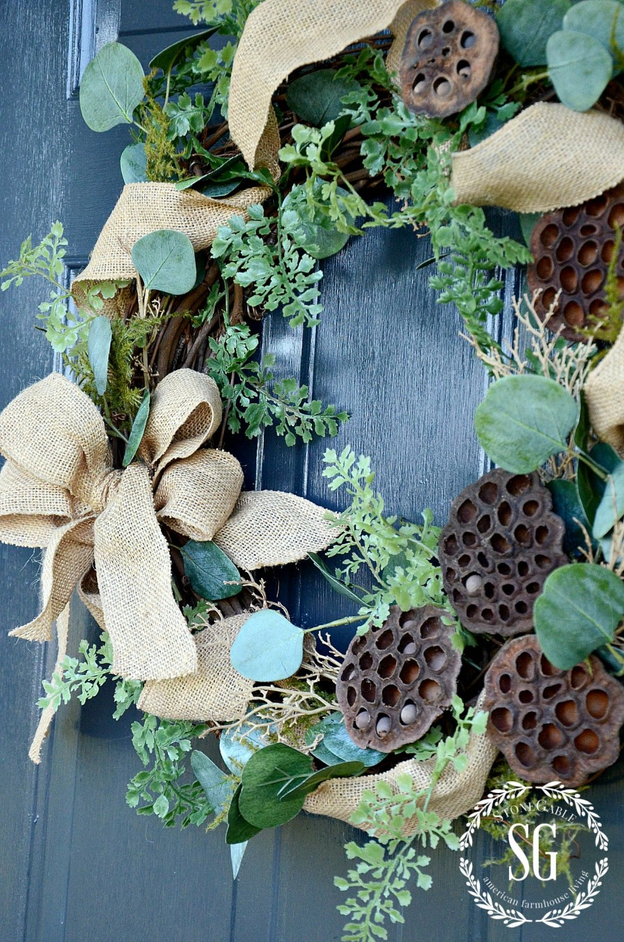 TIPS FOR KEEPING A WREATH FRONT DOOR WORTHY- Easy ways to keep a wreath looking fresh and perfectly beautiful-stonegableblog.com