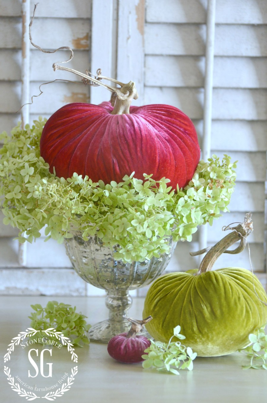 5 BEAUTIFUL WAYS TO STYLE PUMPKINS-Let