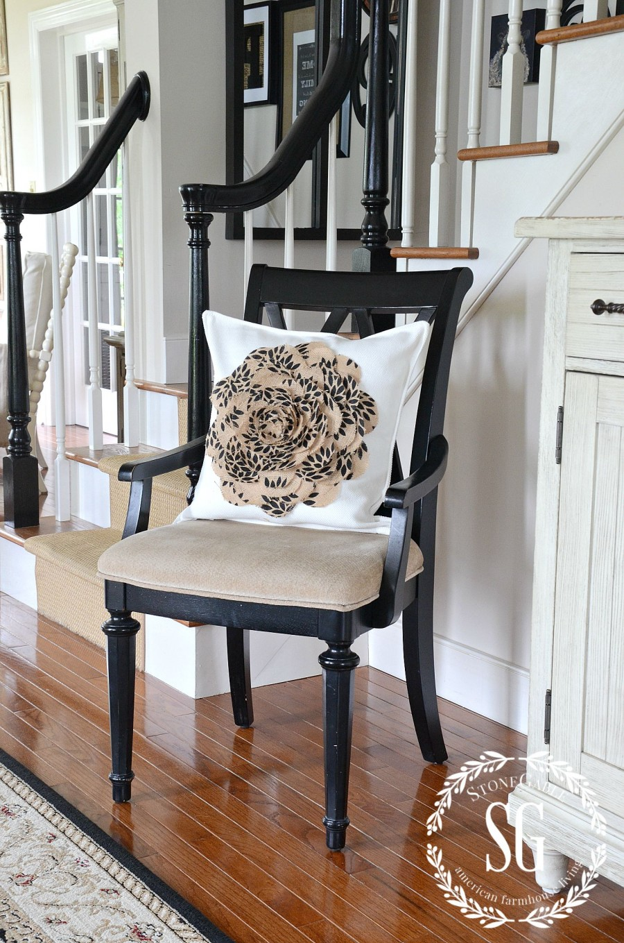 USING BURLAP IN HOME DECOR-Burlap is a classic and here to stay. Here are some helpful tips for decorating with it.-stonegableblog.com