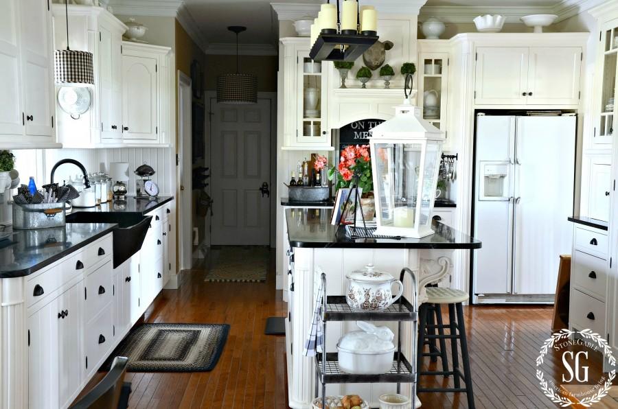 10 TIPS FOR CHOOSING THE PERFECT APPLIANCE. A helpful guide for buying a big ticket appliance.