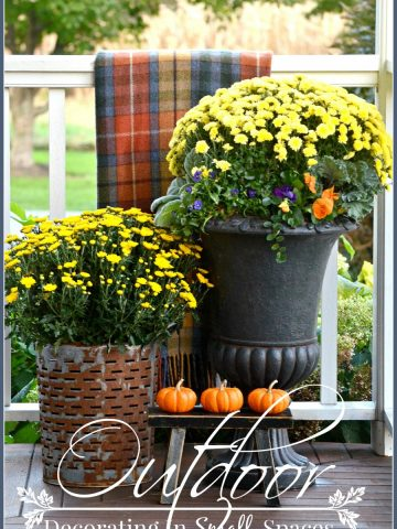 OUTDOOR DECORATING IN SMALL SPACES