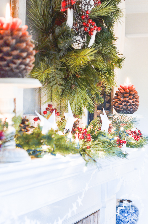STARRY CHRISTMAS MANTLE- Putting a little sparkle in Christmas!