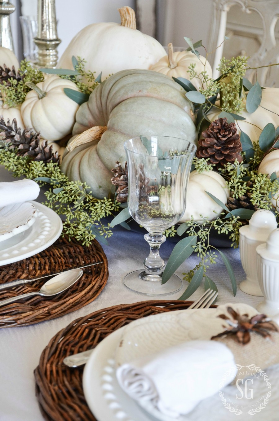 Organic And Casual Thanksgiving Tablescape The Perfect
