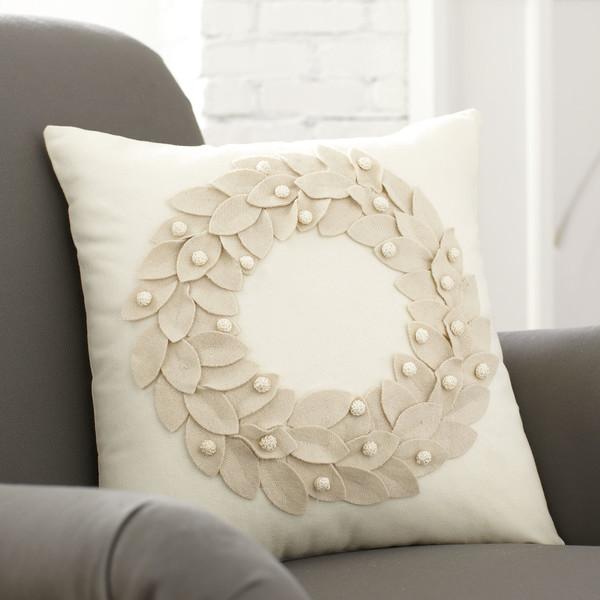 Vienna-Wreath-Pillow-Cover-BL5123