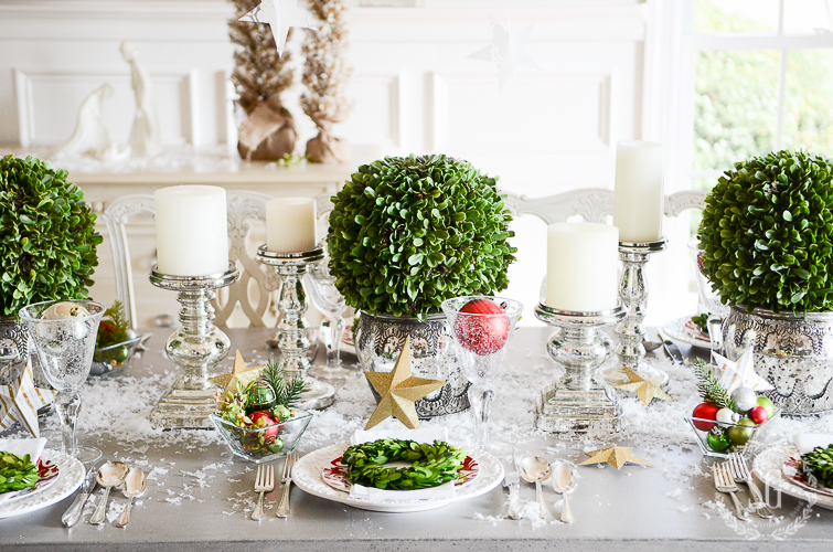 BOXWOOD AND STARS CHRISMAS TABLESCAPE-three-settings-stonegableblog-2