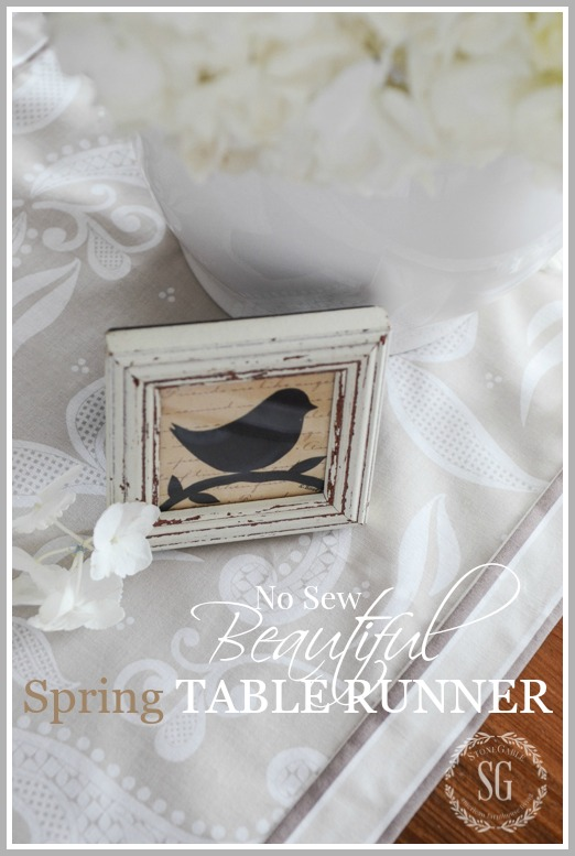 NO SEW BEAUTIFUL SPRING TABLE RUNNER- A step-by-step tutorial for making a one of a kind tablerunne