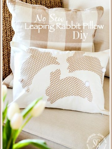 NO SEW LEAPING RABIT PILLOW DIY. Such a cute and E-A-S-Y Pillow to make. Even if you are not crafty you can do this!
