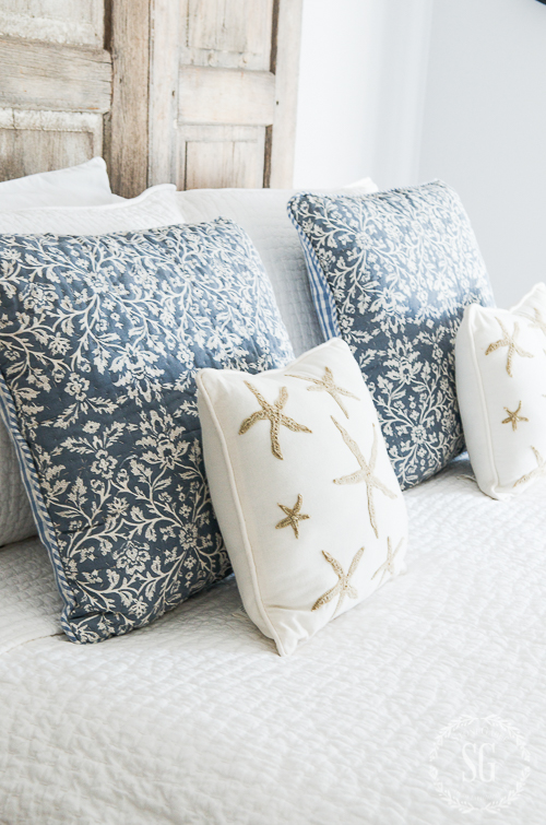 SUMMER BLUE AND WHITE GUEST BEDROOM-Easy changes to bring a summery look to a guest bedroom