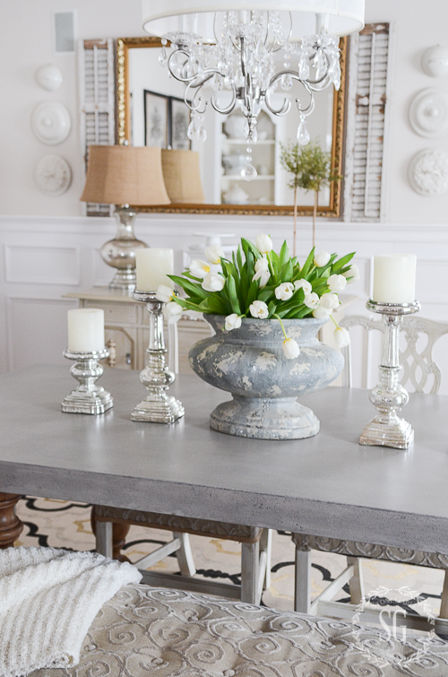 5 TIPS FOR MIXING METALS- Metallics come in so many colors and finishes. Learn how to mix them to make your home shine!