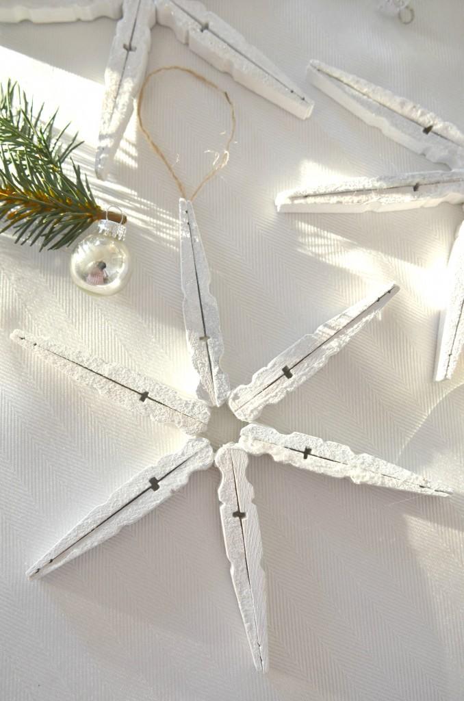 clothesin-snowflakes-with-glitter-stonegableblog-com_-678x1024