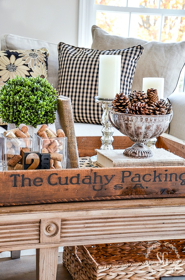 WHY I LOVE TRANSITIONAL DECORATING- And why you should love it too! Fabulous ways to slide into a new season or holiday!