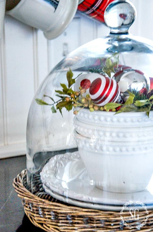 CHRISTMAS TOUR SNEAK PEEK-books-in-basket-stonegableblog.jpg