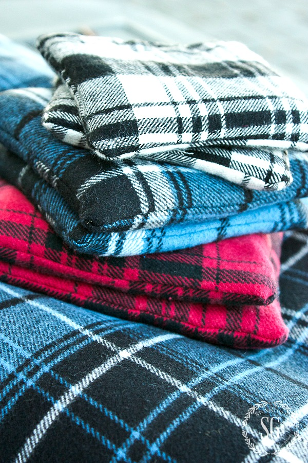 Easy to make Flannel Handwarmers! This would make a great gift too!