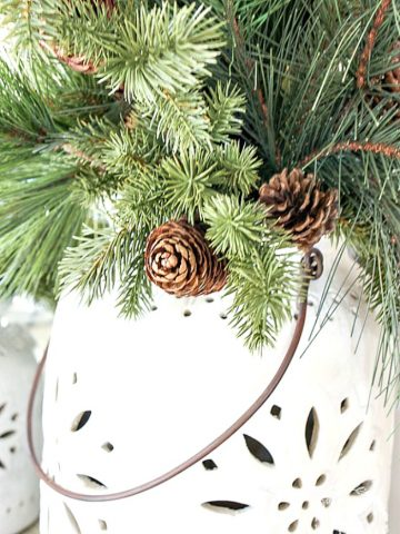 GREAT TIPS FOR CHOOSING AND DECORATING WITH FAUX CHRISTMAS GREENERY