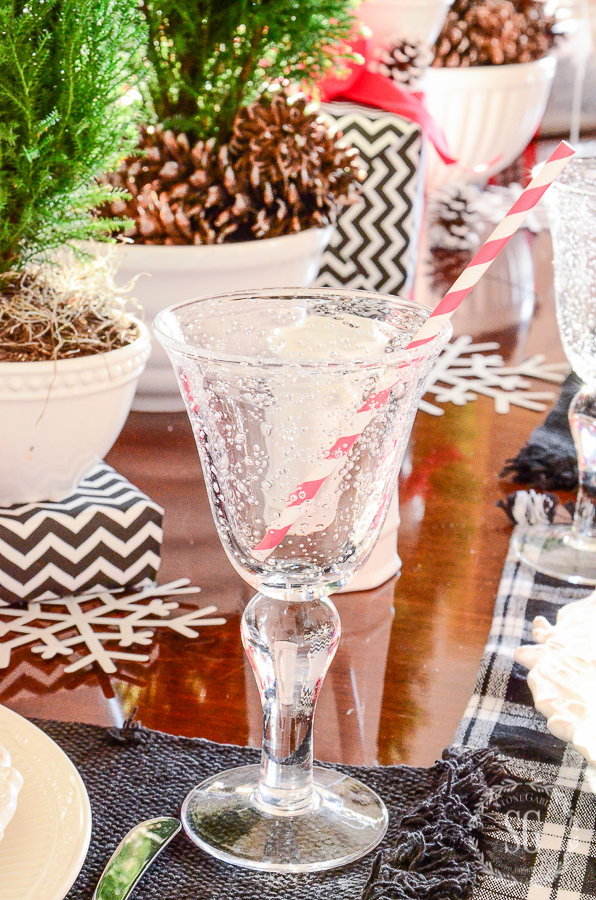 10 TIPS FOR BEING THE PERFECT GUEST-GIFT-table-stonegableblog.jpg