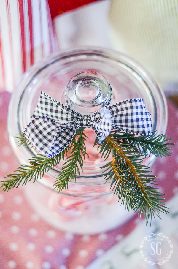 christmas-under-glass-bow-stonegableblog