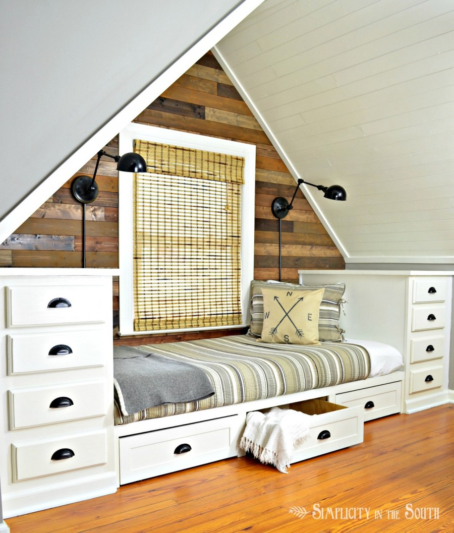 cozy-built-in-bed-with-trundle-drawers-and-dressers