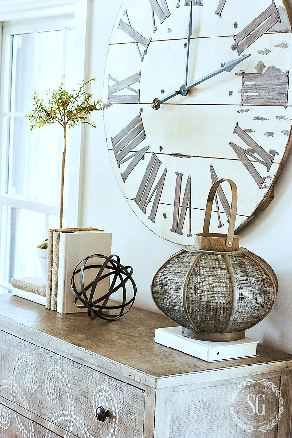 1LIVING ROOM DECOR-big-clock-stonegableblog-2