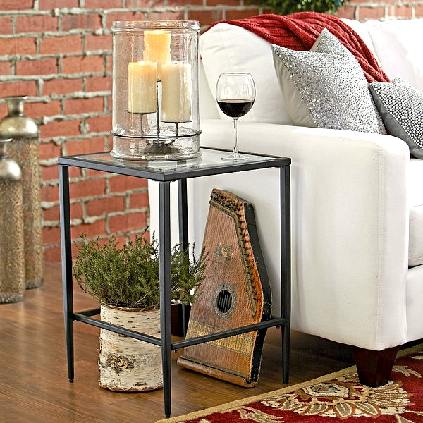 Phenomenal How To Choose The Perfect Side Table Stonegable Machost Co Dining Chair Design Ideas Machostcouk