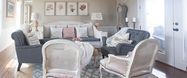 blue-farmhouse-living-room