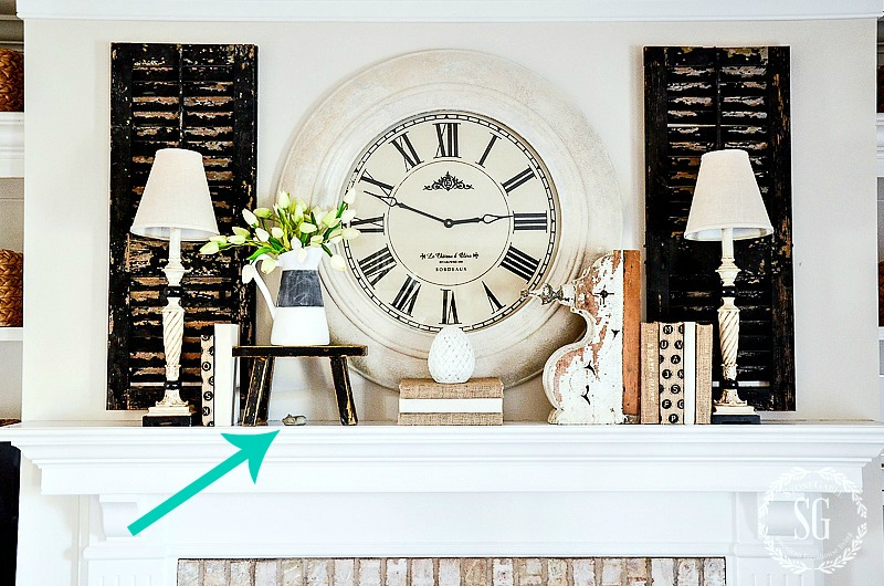 HOW TO CREATE THE PERFECT MANTEL-Mantels can be hard to style. I have tips for creating the perfect one for you!