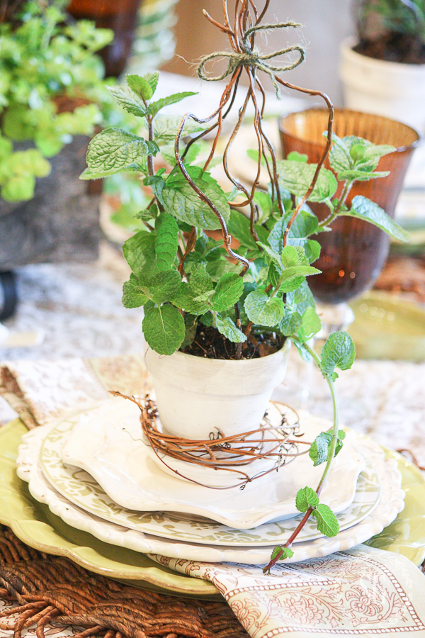 FABULOUS IDEAS FOR SETTING THE PERFECT EASTER TABLE EVER