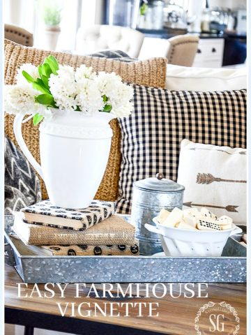 EASY SPRING FARMHOUSE STYLE VIGNETTE