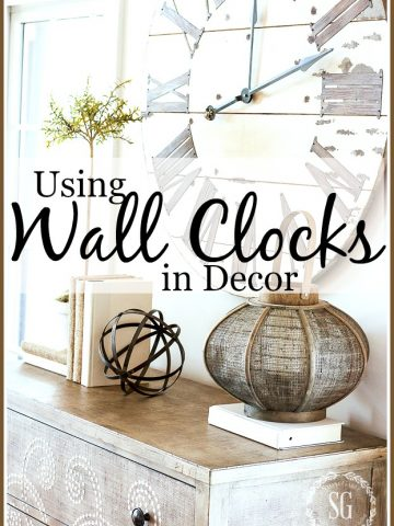 USING WALL CLOCKS IN DECOR