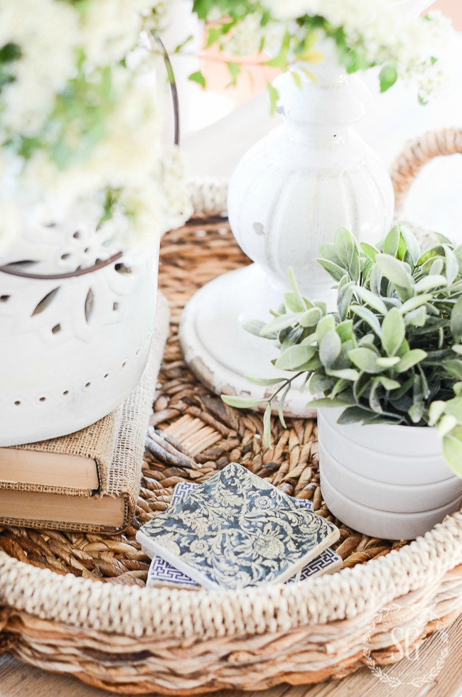 PERFECT SUMMER VIGNETTE- And how to create one that will work all summer long