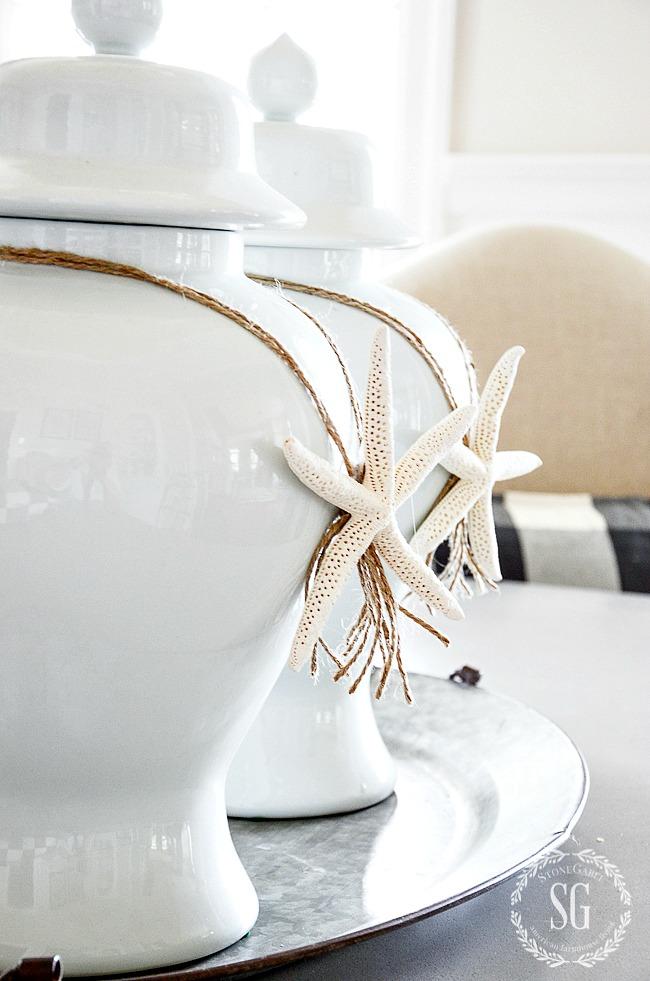 WHITE GINGER JARS WITH STARFISH