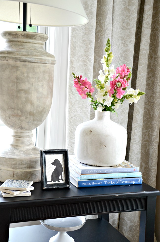 HOW TO STYLE AN END TABLE- 5 no fail items to put on your end table!
