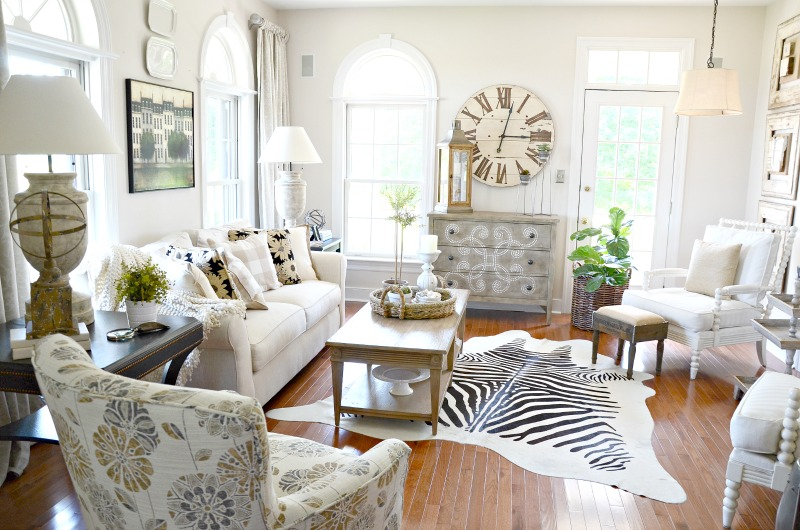 10 WAYS TO KICK UP CLASSIC DECOR