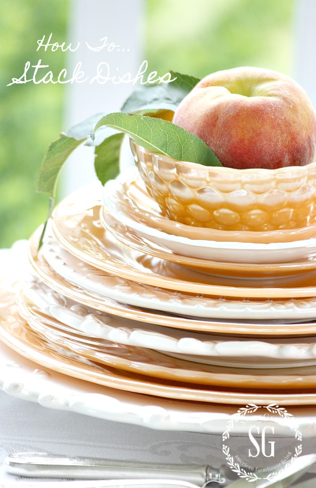 HOW TO STACK DISHES BEAUTIFULLY ON A TABLE