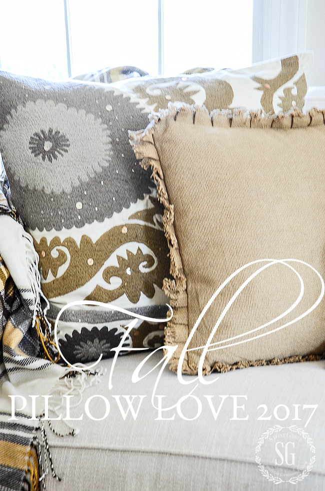 FALL PILLOW LOVE 2017- I've done the searching for you and found lots and lots of beautiful fall pillows for fall 2017