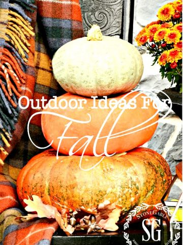 OUTDOOR IDEAS FOR FALL DECORATING
