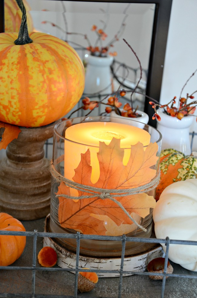 10 MINUTE FALL DECOR- Here's an easy way to add a little bit of fall to your home in under 10 minutes! You probably already have the materials to make it!