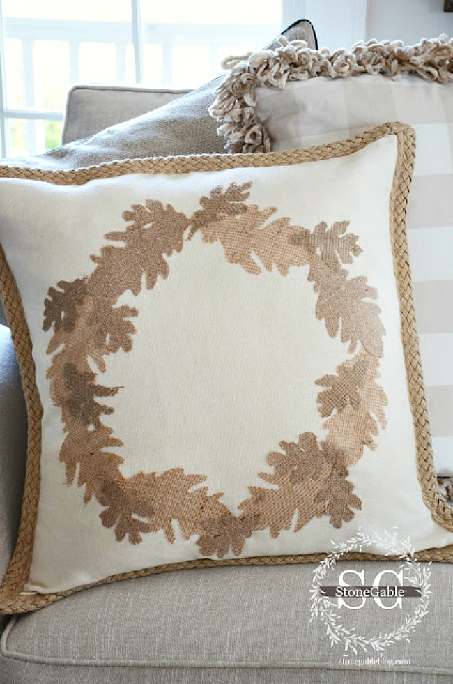 Easy No Sew Burlap Leaf Pillow Diy Stonegable