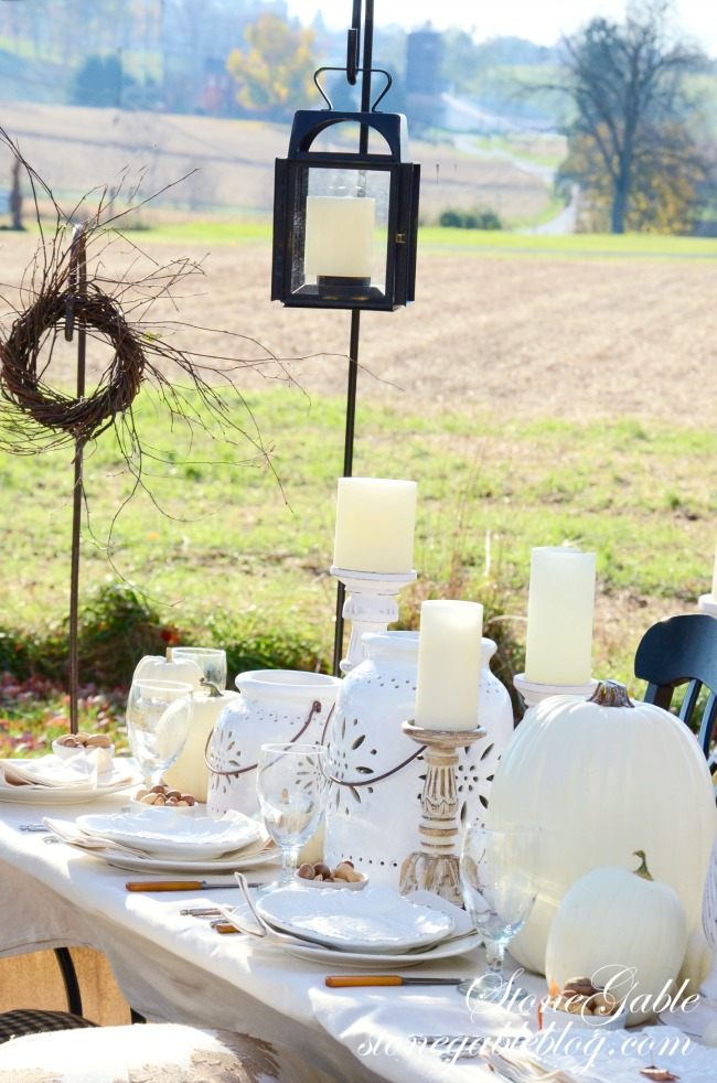 outdoor beautiful fall table