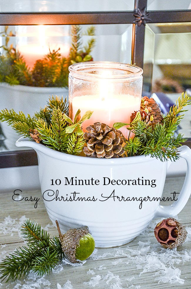 "EASY CHRISTMAS ARRANGEMENT- This pretty arrangment takes only 10 minutes to put together. If you learn this ""recipe"" you can create so many different kinds of arrangements!"
