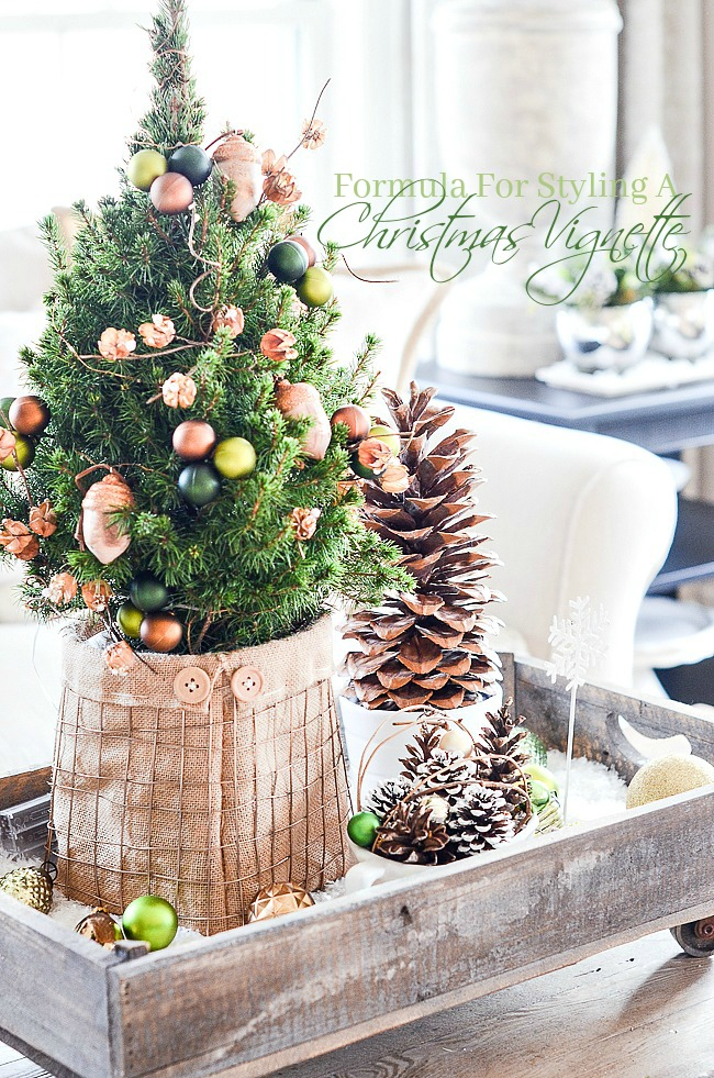 FORMULA FOR CREATING A CHRISTMAS VIGNETTE- There is a formula to create a vignette. Let's learn it and make fabulous Christmas vignettes.